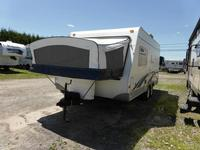 Hybrid trailer Forest River Surveyor 190T 694-17A